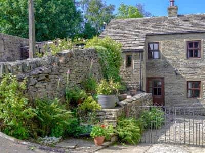 Fantastic property | Benchmark Cottage, Haworth