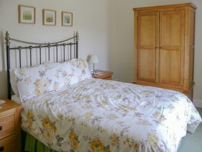 Double bedroom   Cropple How, Threlkeld
