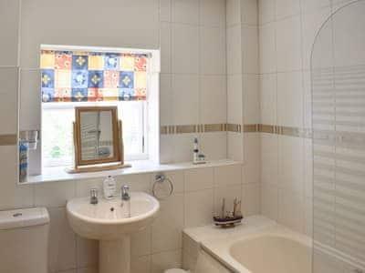 Bathroom | Bosun's Cottage, Whitby