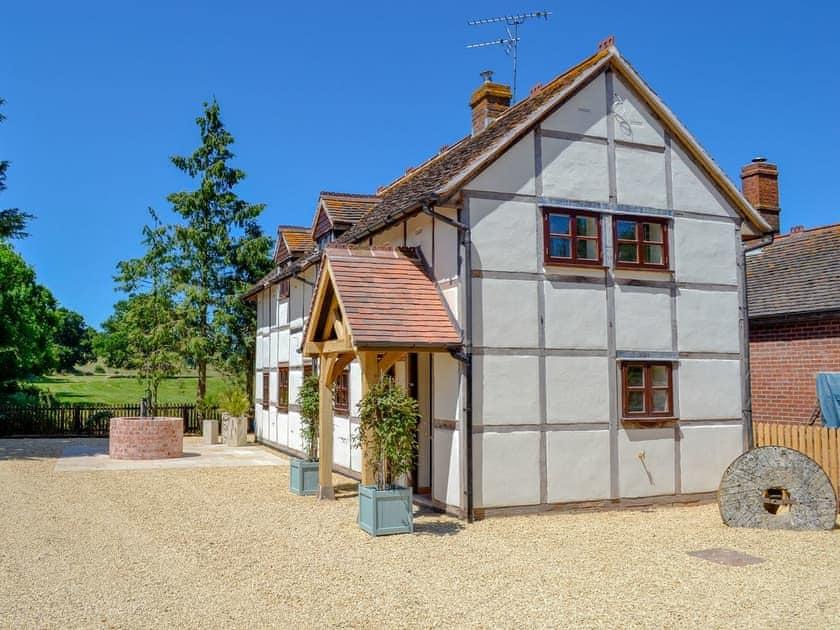 Old Pyke Cottages - Old Pyke Cottage