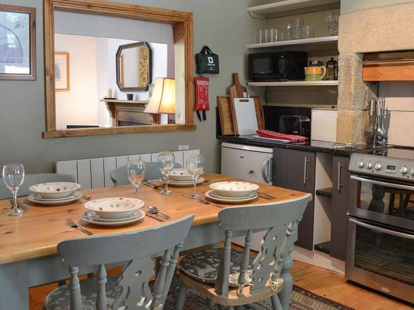 Kitchen & dining room | River Garden Cottage, Litton Mill, near Buxton