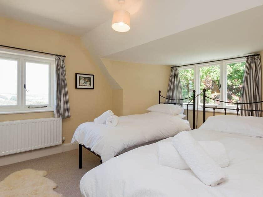 Twin bedroom | Arran, Salcombe