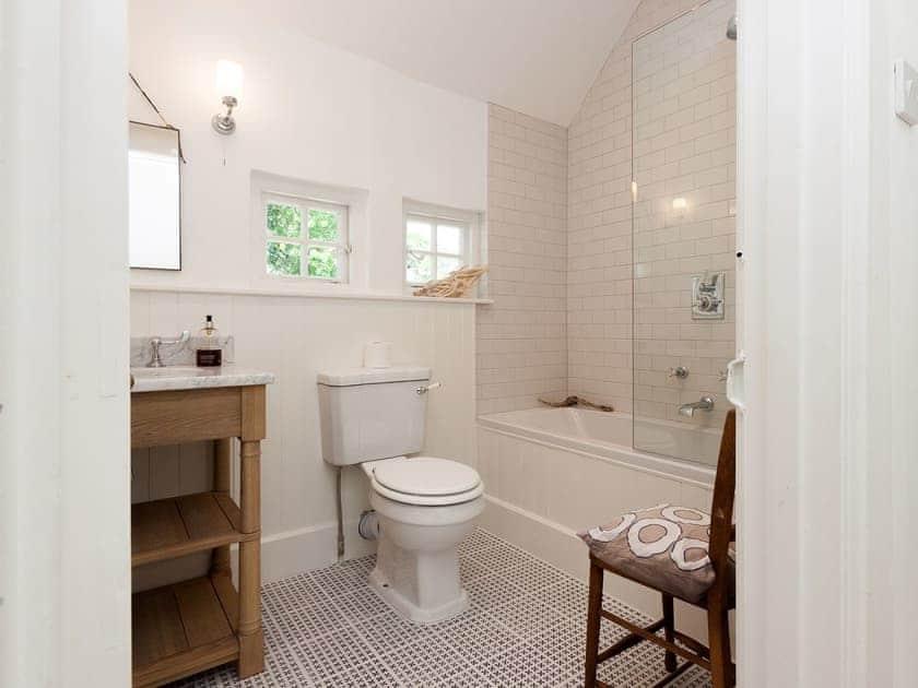 Bathroom | La Tourelle, Salcombe