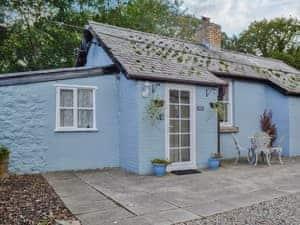 Carreg Llwyd Place - Duck Egg Cottage