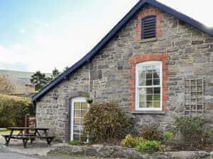 Carreg Llwyd Place - Rowan Cottage