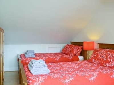 Comfortable twin bedroom   The Promenade, Portobello, Edinburgh