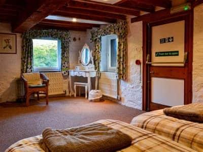 Twin bedroom | Erbistock Mill, Erbistock, near Llangollen