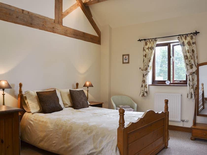 Comfortable double bedroom | Skimblescott Barn, Much Wenlock