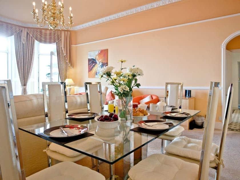 Dining Area | Ocean Shangri-La, Bay Fort Mansions - Bay Fort Mansions, Torquay