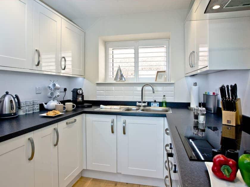 Kitchen | Osprey 3, The Cove - The Cove, Brixham