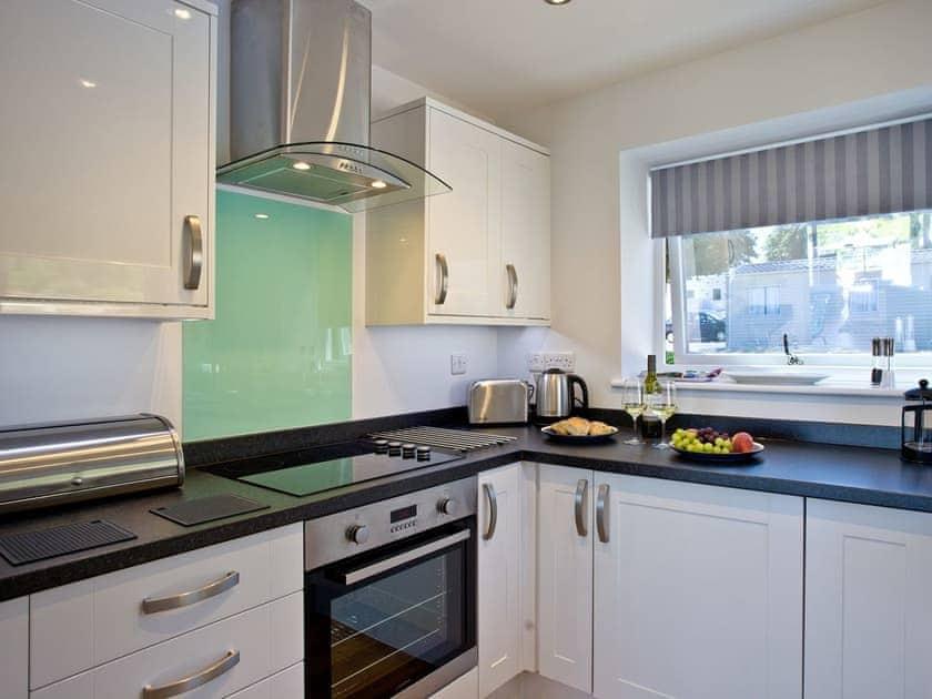 Kitchen | Puffin 2, The Cove - The Cove, Brixham