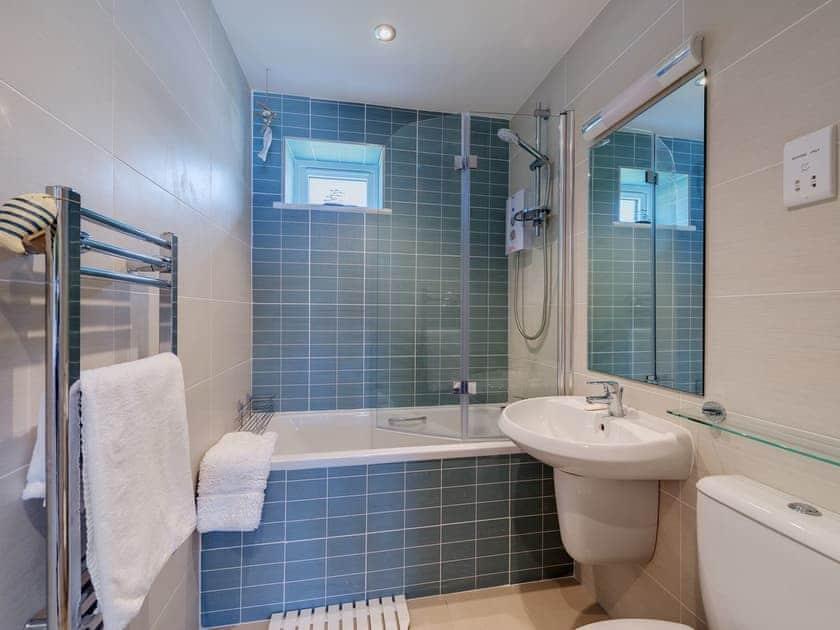 Bathroom   Puffin 1, The Cove - The Cove, Brixham