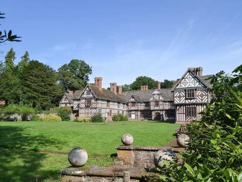 The Pitchford Estate - The Generals Quarters