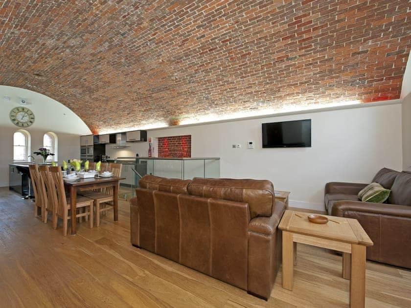 Living area | Palmerston House, Golden Hill Fort - Golden Hill Fort, Freshwater