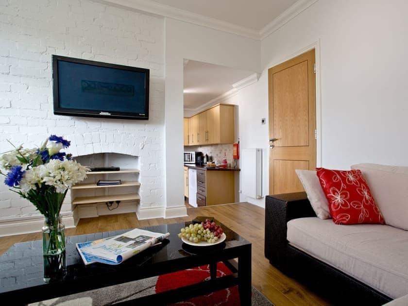 Living area | 7 Goodrington Lodge - Goodrington Lodge, Paignton