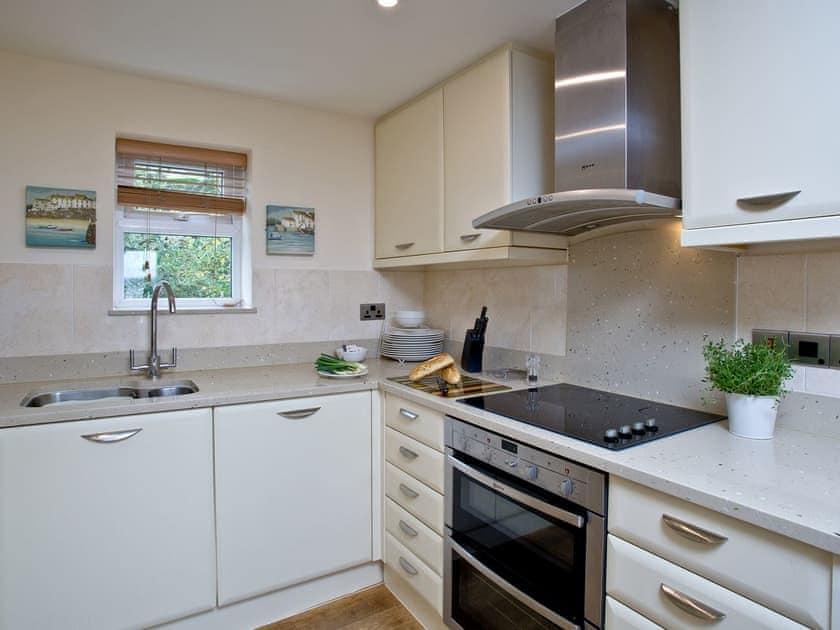 Kitchen | The Cottage, Goodrington Lodge - Goodrington Lodge, Paignton
