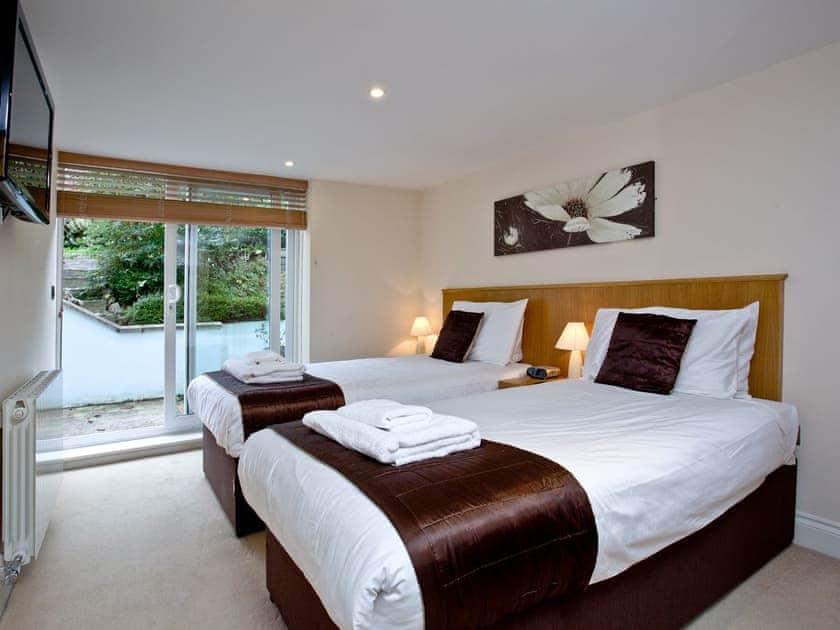 Twin bedroom | The Cottage, Goodrington Lodge - Goodrington Lodge, Paignton