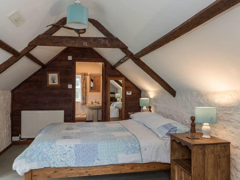 Double bedroom with en-suite   Park Farmhouse, Chideock, near Bridport