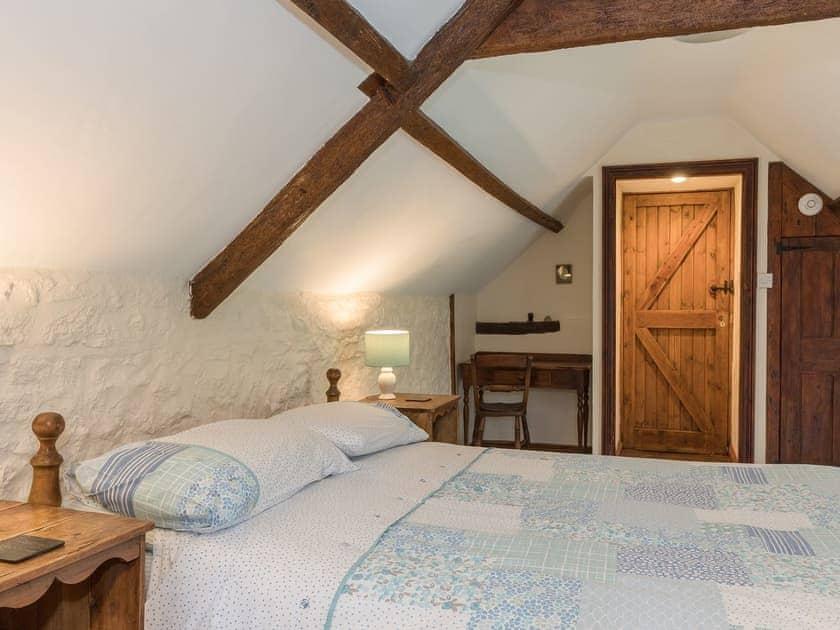Double bedroom   Park Farmhouse, Chideock, near Bridport