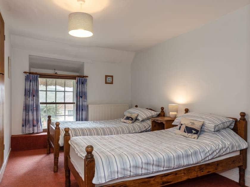 Twin bedroom   Park Farmhouse, Chideock, near Bridport