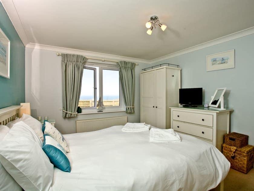 Double bedroom | 2 Headland Point, Newquay