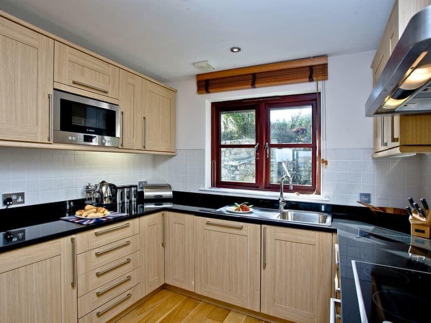 Well equipped kitchen   Cherry, Woodland Retreat - Woodland Retreat, Wadebridge