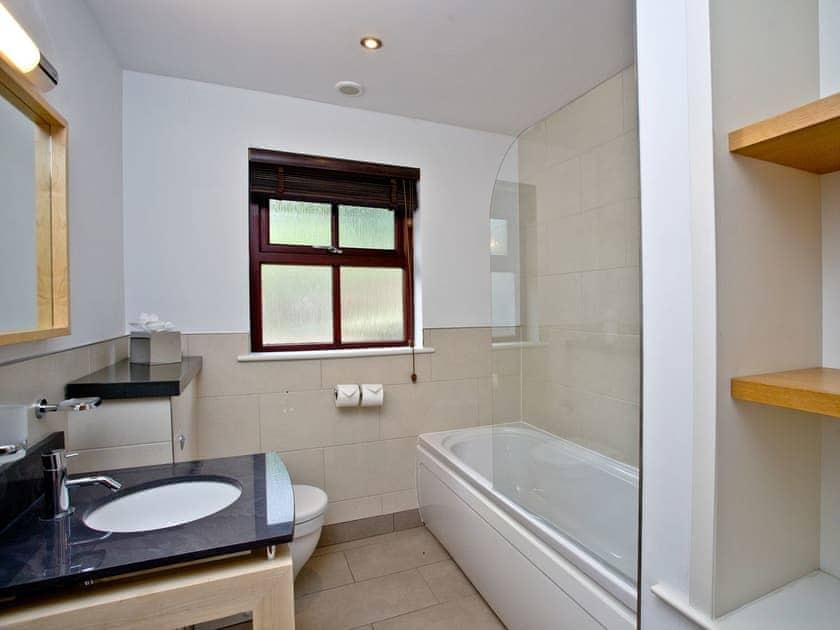 Lovely bathroom   Cherry, Woodland Retreat - Woodland Retreat, Wadebridge