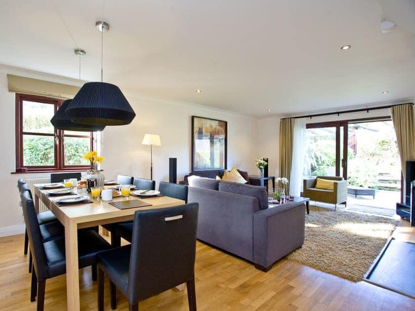 Living area and adjacent dining area | Holly, Woodland Retreat - Woodland Retreat, Wadebridge
