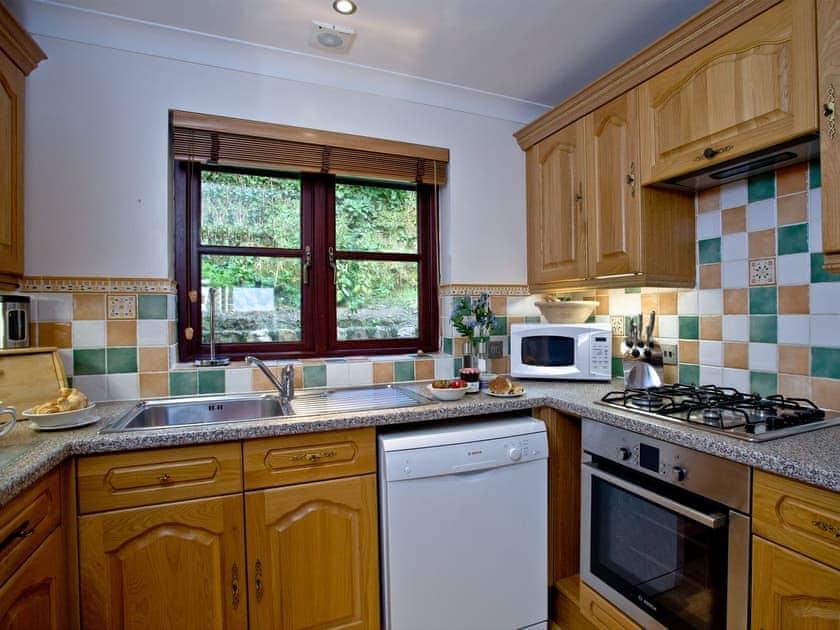 Well appointed kitchen   Lily, Woodland Retreat - Woodland Retreat, Wadebridge