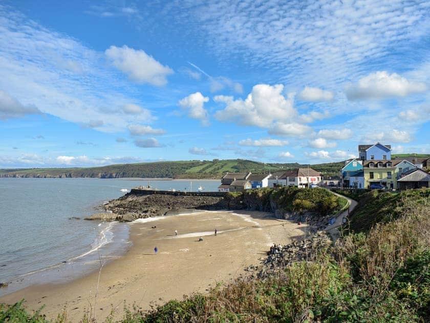 Scenic nearby beach | Seadrift, New Quay