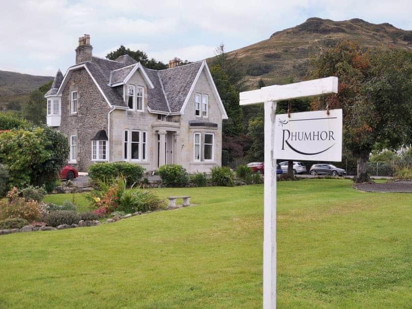 Lovely holiday home | Rhumhor House, Carrick Castle, near Lochgoilhead