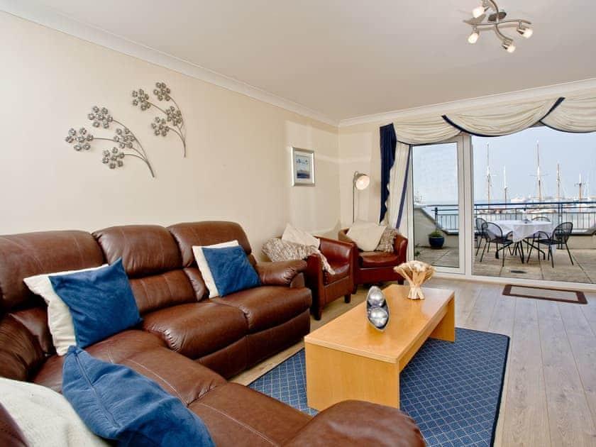Living room/dining room | 41 Moorings Reach - Moorings Reach, Brixham