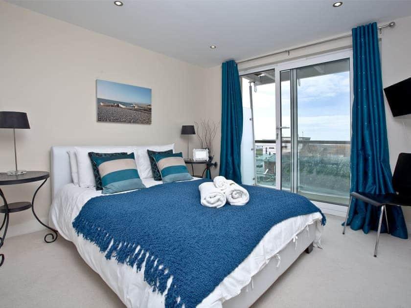 Double bedroom   65 Ocean Views - Ocean View, Portland