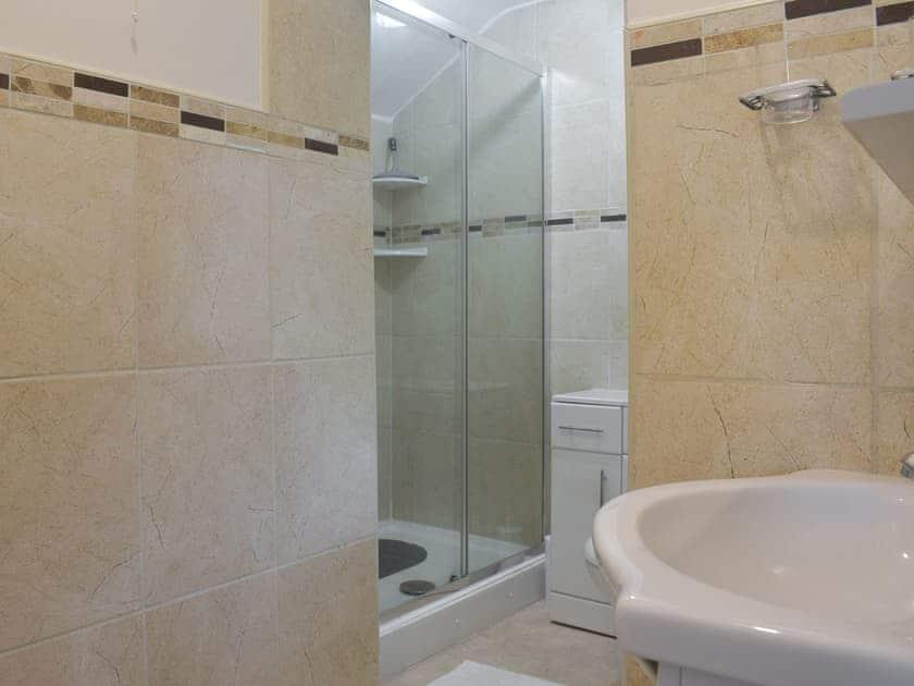 Shower room | Cobb's Cottage, Grosmont, near Whitby