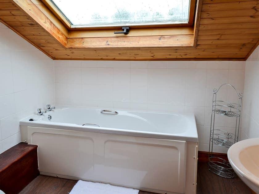 Bathroom   Owls Rest - Killerby Old Hall, Killerby, Cayton, near Scarborough