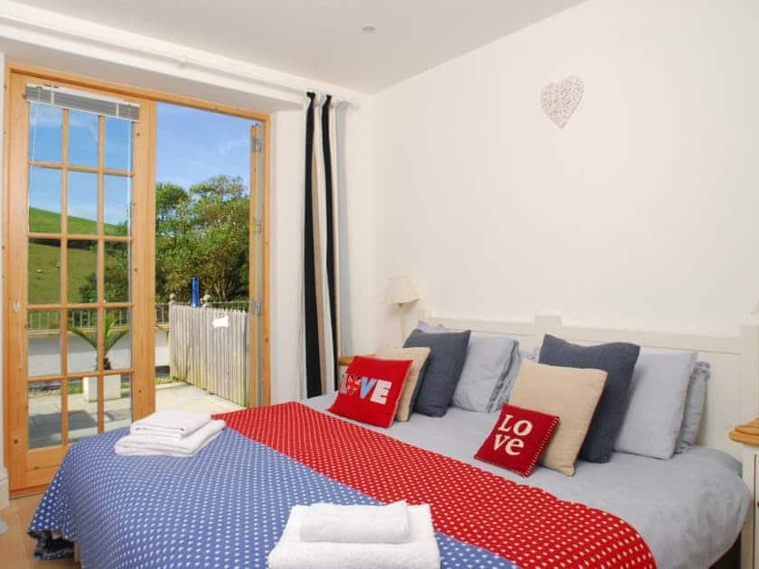 Double bedroom | No. 2 Prospect House - Prospect House, Hallsands