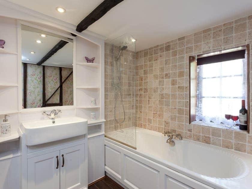 Bathroom   Bluebell Cottage, Angmering, near Littlehampton