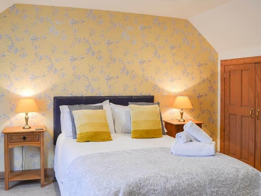 Double bedroom | Croftside House - Allt Mor Cottages, Aviemore