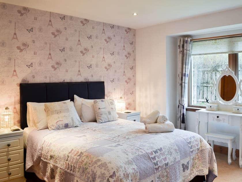 Welcoming double bedroom | Cairn View - Allt Mor Cottages, Aviemore