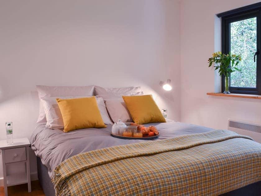 Welcoming double bedroom | The Studio, Three Oaks, near Hastings