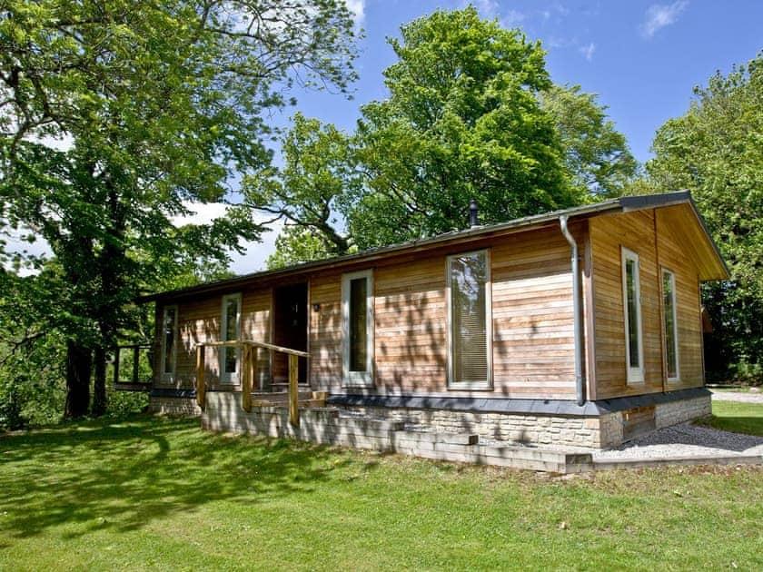 Delightful wooden lodge style holiday cottage | Haytor Lodge, 9 Indio Lake - Indio Lake, Bovey Tracey