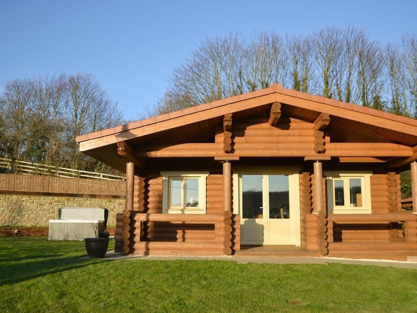 Vindomora County Lodges - Vindolanda Lodge