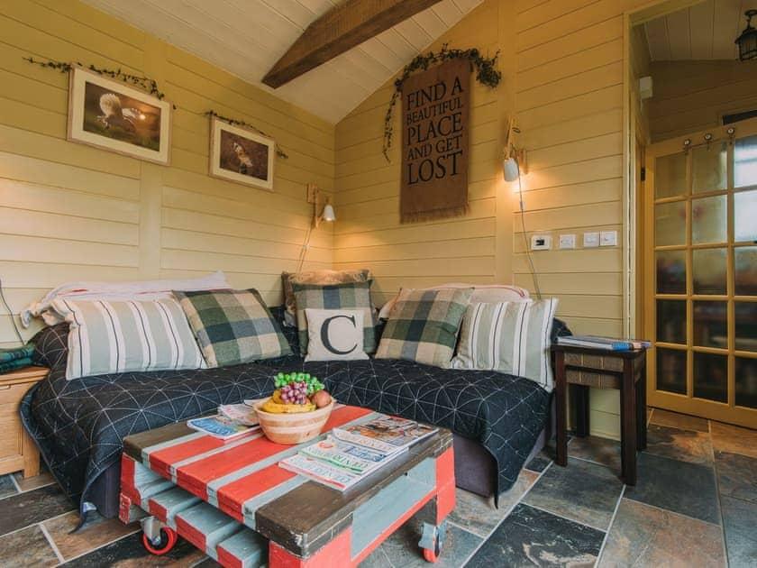 Open plan living space | The Challoners, Robertsbridge