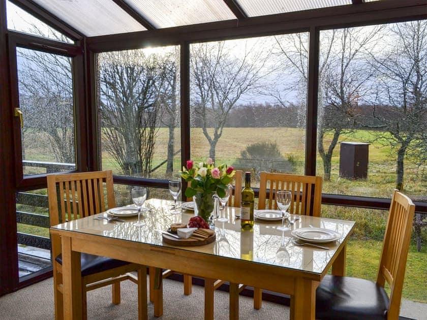 Dining area   Aviemore Lodge - Spey Valley, Aviemore