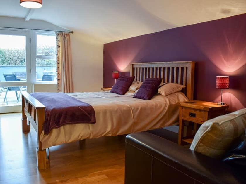 Double bedroom | Beudy - Bwlch Y Person Barns, Dihewyd, near Aberaeron