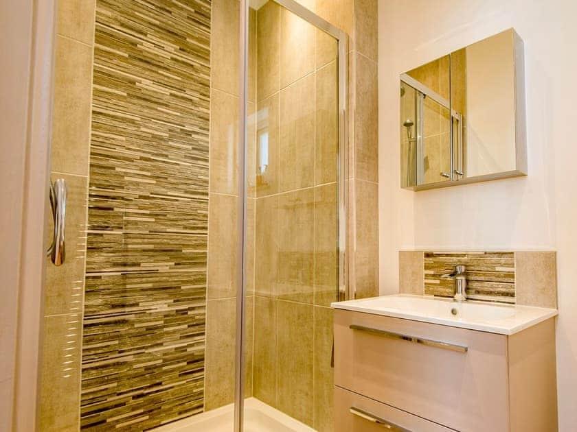 Bathroom | The Manor Coach House, Chartham