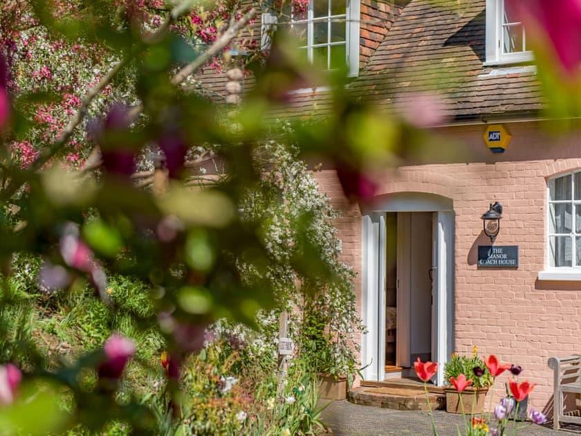 Exterior | The Manor Coach House, Chartham