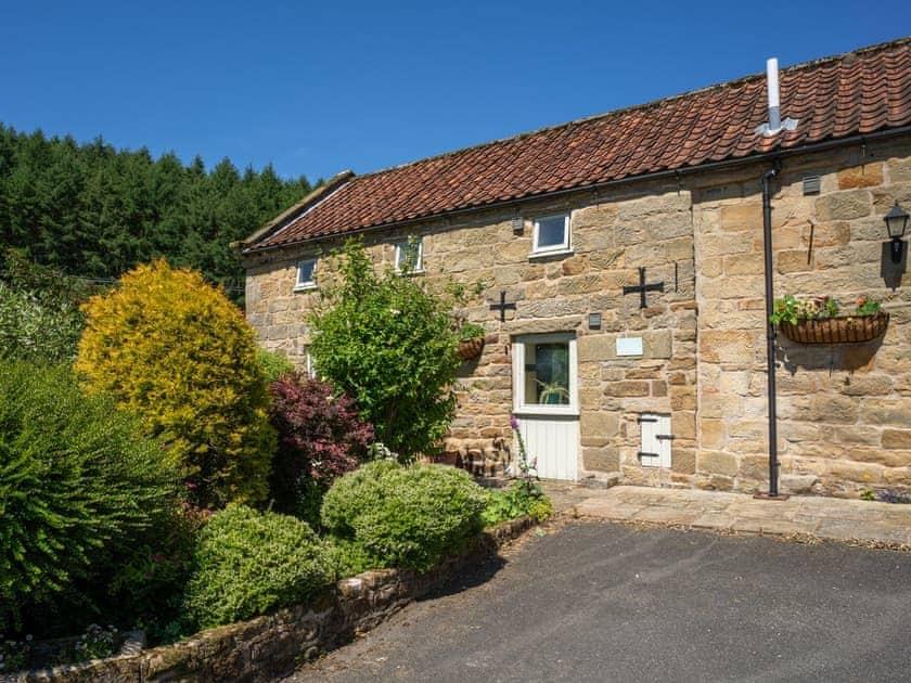 Lovely stone-built holiday home   The Granary - Laskill Grange, Bilsdale, near Helmsley