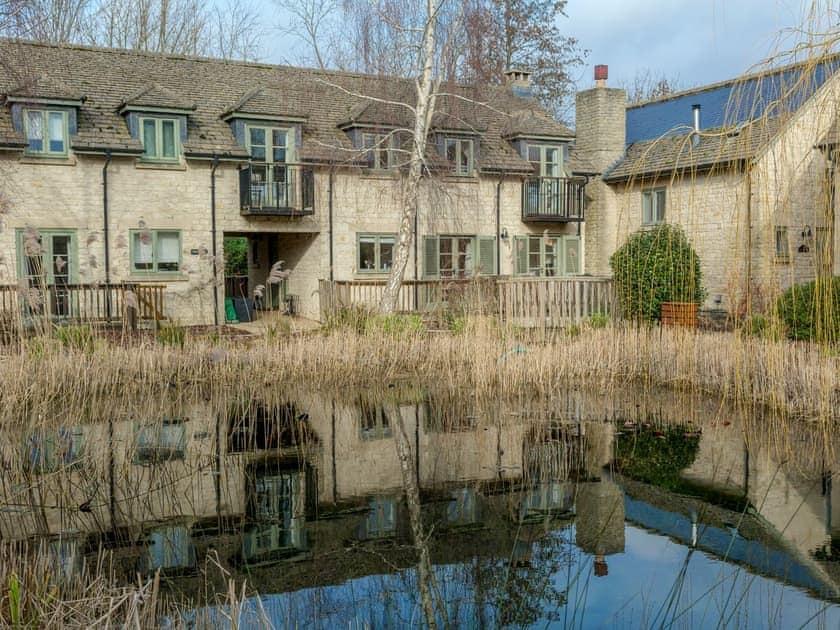 Ewen House