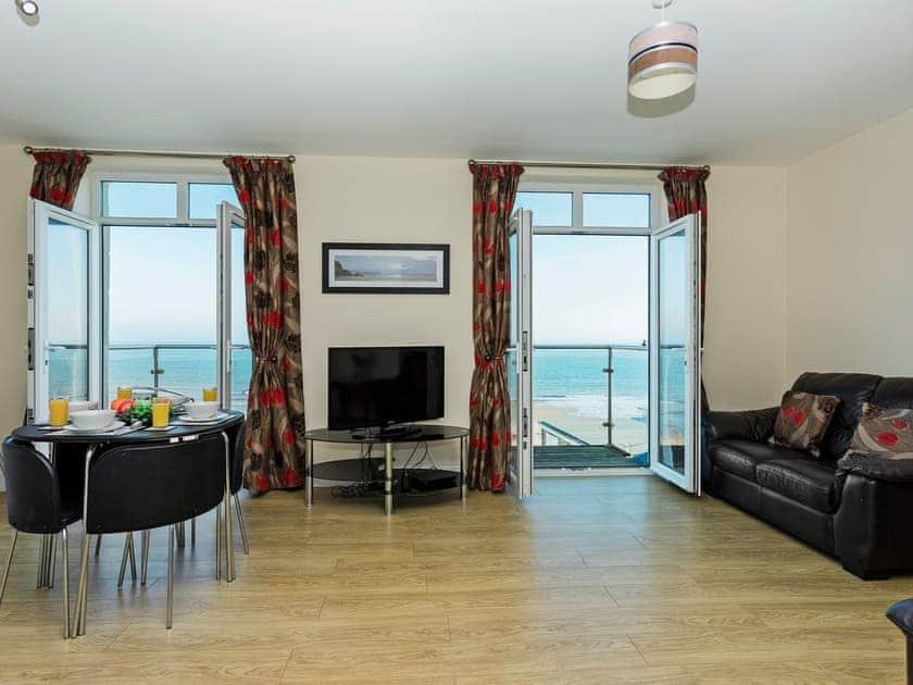 Sunny Beach Apartment